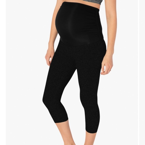 5bfc422151 Beyond the Bump Pants - Beyond the bump black Capri leggings
